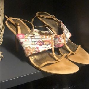 Shoes - Floral print leather sandals